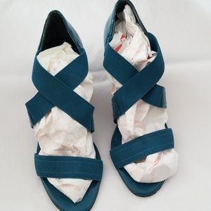 Shoes - Turquoise strap heel sz 11